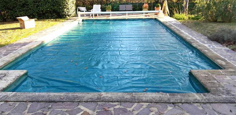 b ches pour couverture de piscine baches barres aqualux. Black Bedroom Furniture Sets. Home Design Ideas